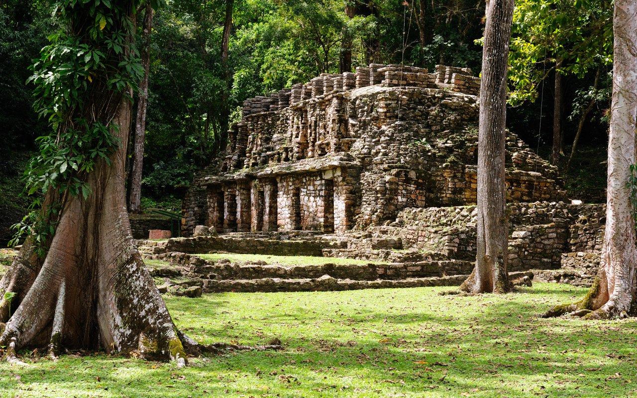 Yaxchilan ruines maya
