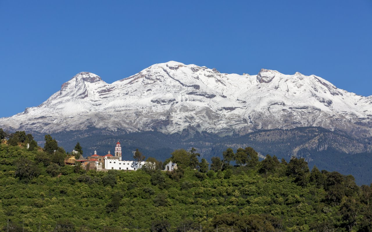 Iztaccíhuatl volcan au Mexique