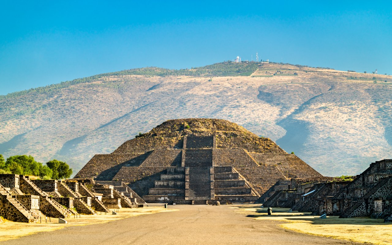 Pyramide de la lune au temple de Teotihuacan